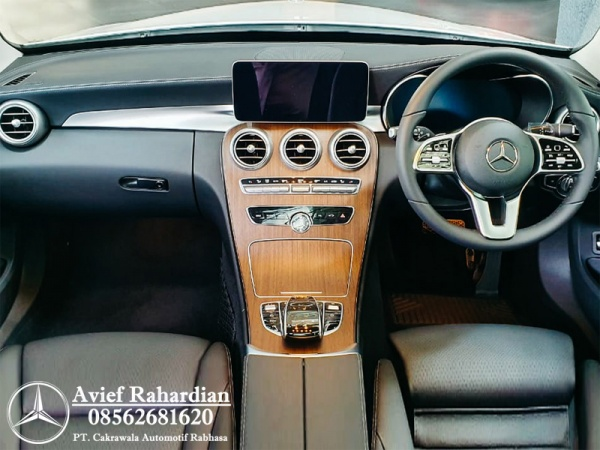 MERCEDES BENZ C 200 ESTATE EXCLUSIVE LINE (10)