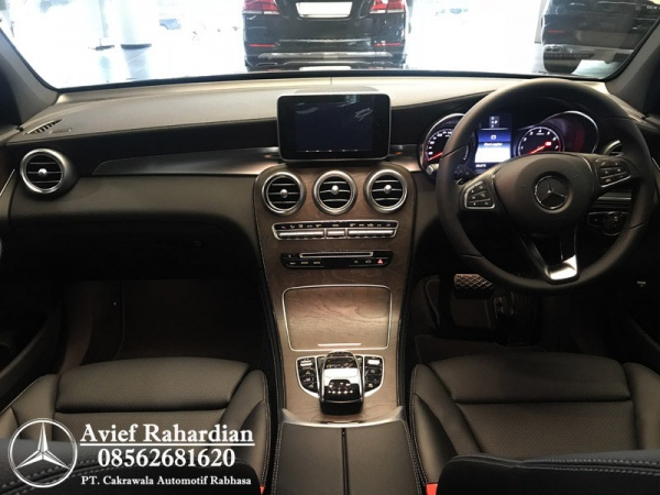 MERCEDES BENZ GLC 200 EXCLUSIVE LINE(10)