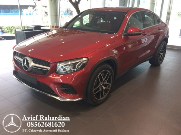 MERCEDES BENZ GLC 300 COUPE AMG LINE (7)