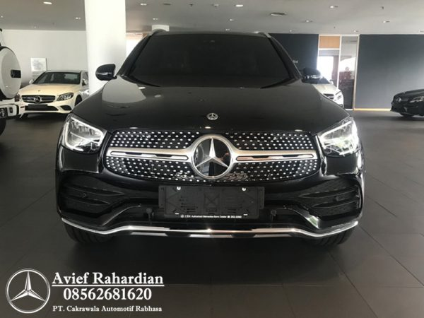 MERCEDES BENZ GLC 200 AMG FL (1)