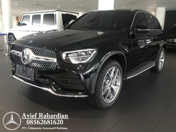 MERCEDES BENZ GLC 200 AMG FL (2)