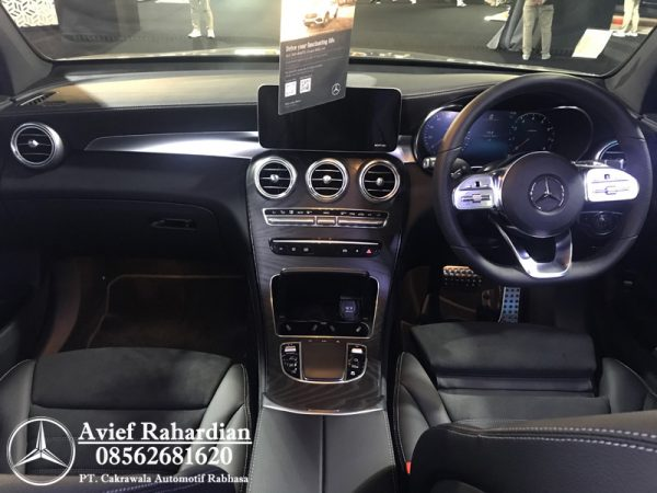 MERCEDES BENZ GLC 300 COUPE AMG LINE (5)