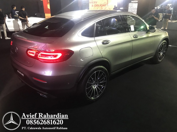 MERCEDES BENZ GLC 300 COUPE AMG LINE (4)