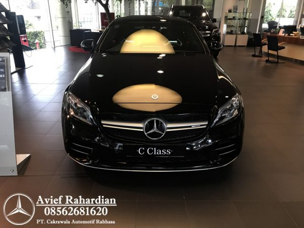 MERCEDES BENZ AMG C 43 COUPE (1)