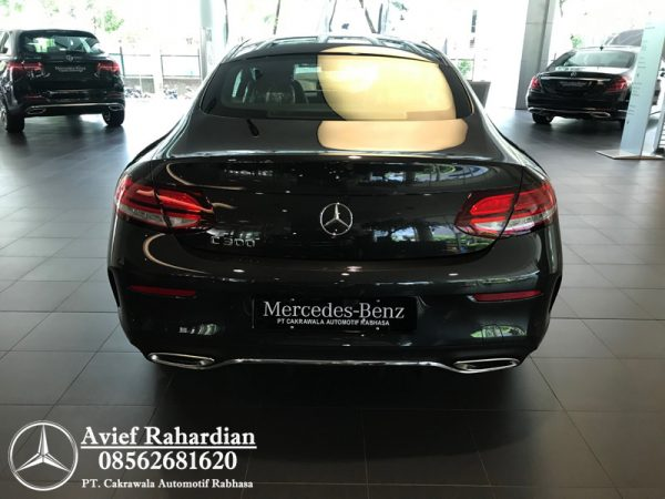 MERCEDES BENZ C 300 COUPE AMG LINE (3)