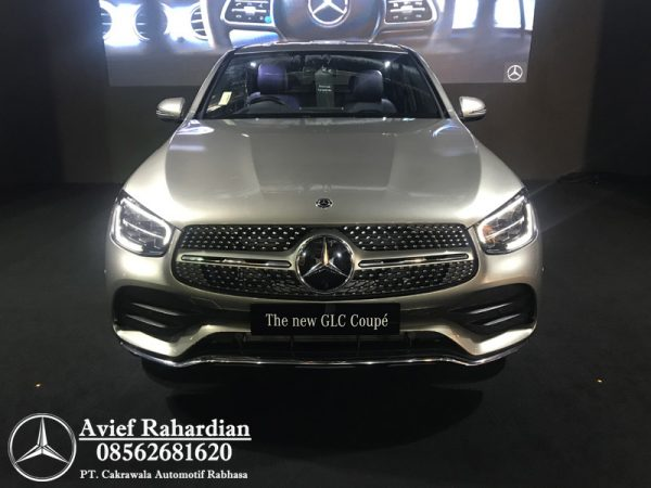 MERCEDES BENZ GLC 300 COUPE AMG LINE (1)