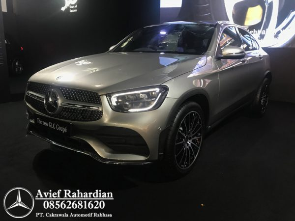 MERCEDES BENZ GLC 300 COUPE AMG LINE (2)