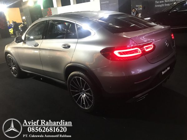 MERCEDES BENZ GLC 300 COUPE AMG LINE (3)