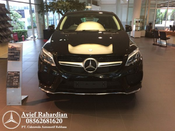 MERCEDES BENZ GLE 400 COUPE AMG LINE (1)