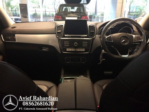 MERCEDES BENZ GLE 400 COUPE AMG LINE (5)