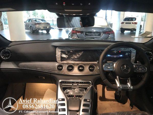 MERCEDES BENZ AMG GT 53 (5)